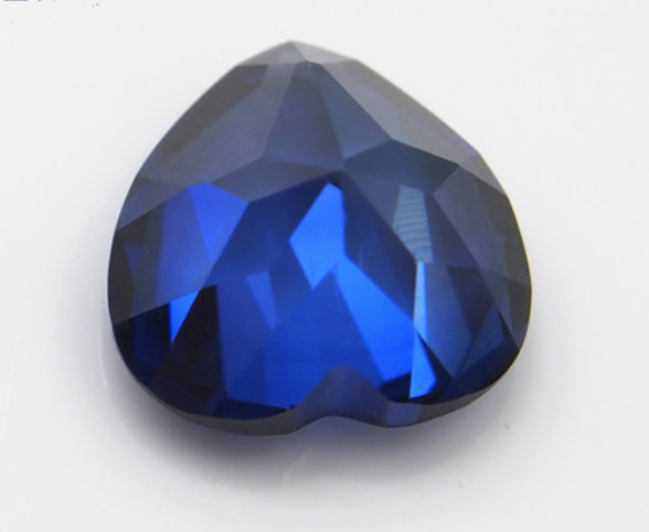Synthetic-blue-Sapphire-Heart-Shape-Gemstones-China-wholesale