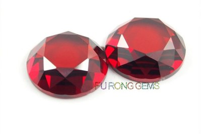 Flat-bottom-faceted-cut-Garnet-Red-CZ-round-shape-stone